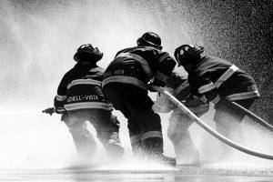 Svetelná fontána, mini železný hasič aj seriózne zápolenie. Hasiči si v Polomke opäť zmerajú sily